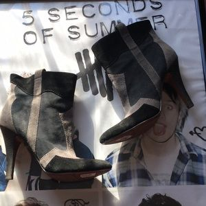 """Nine West    """" Making Sense"""" suede ankle boots"""